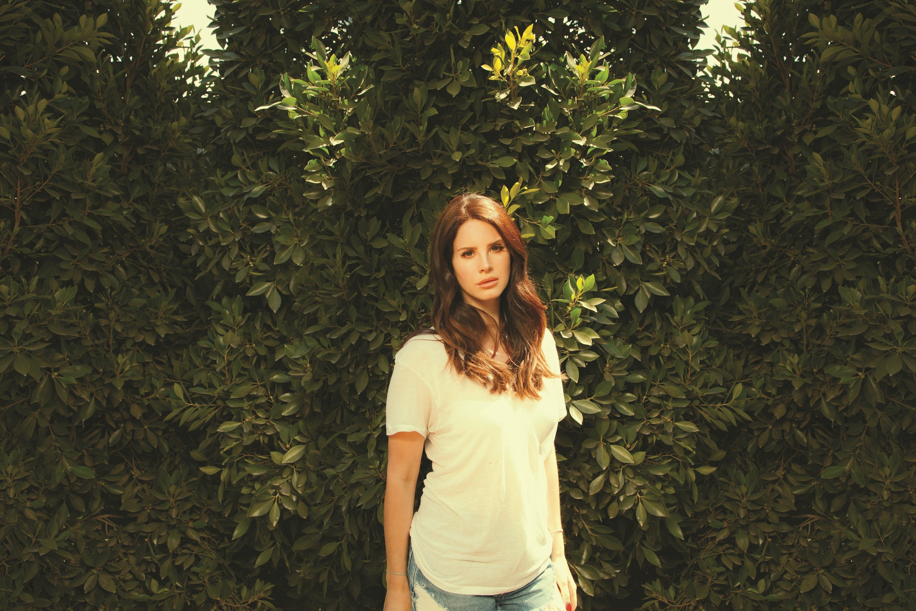 2015 Lana Del Rey North American Tour Dates with very special guest Courtney Love