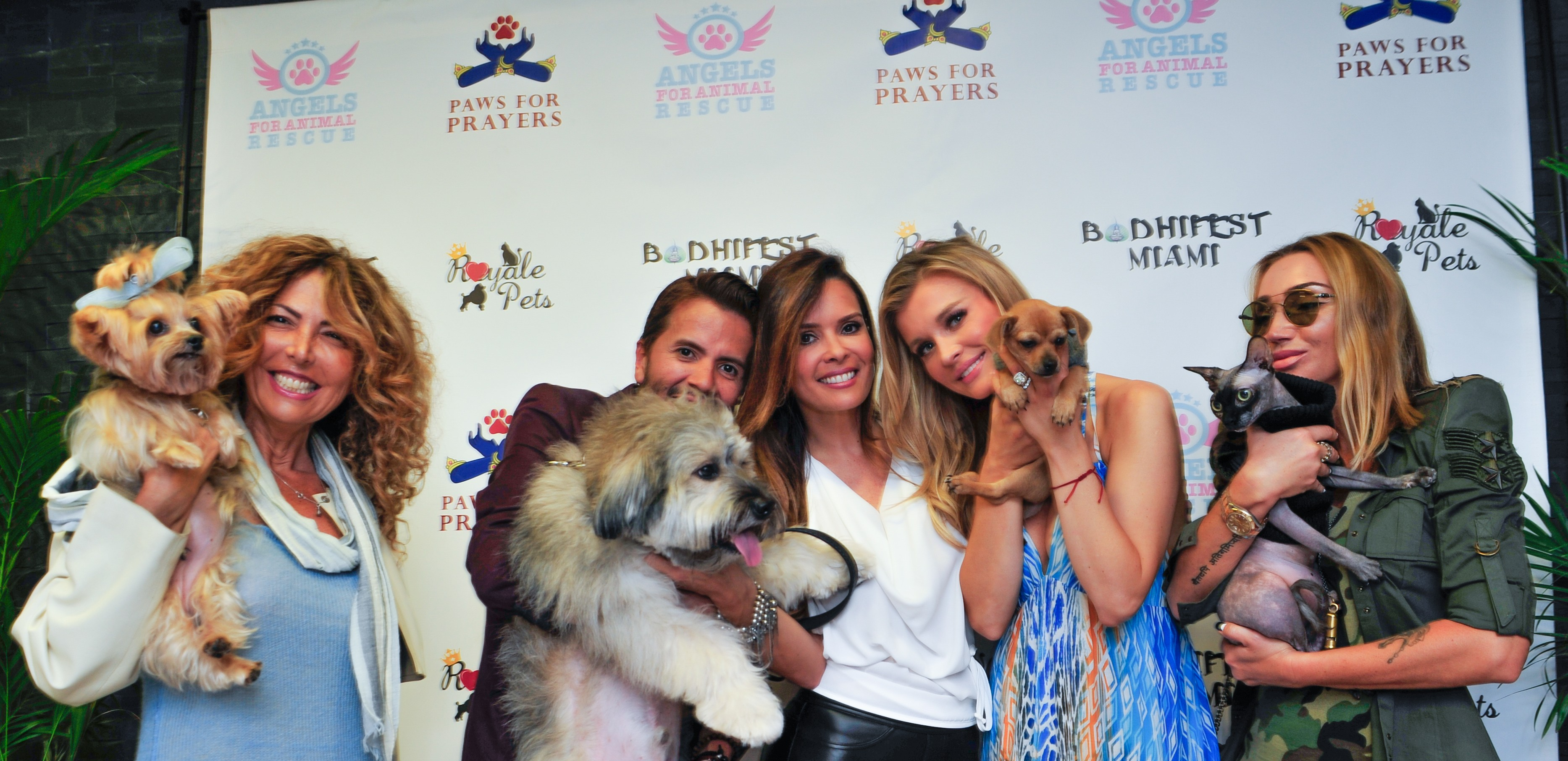 Joanna Krupa Supports Homeless Pets By Claudia Romani
