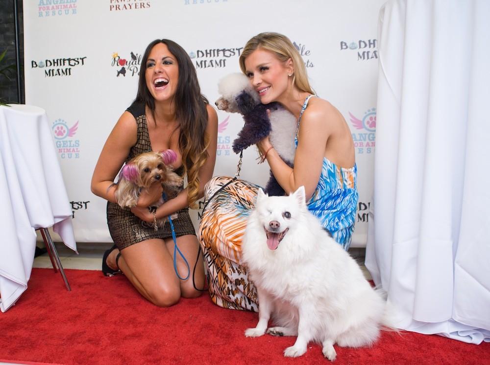 Joanna Krupa Supports Homeless Pets